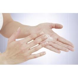 Podajnik płynu do dezynfekcji rąk